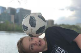 Undefined Futbol Freestyle Soccer Party