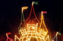 $13 for LIGHTS ON THE BAY at Sandy Point Park for One Car + 2 Pairs of 3D Glasses - Annapolis ($18 Value - 28% Off)