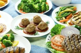 $299 for 28-Day REV! Weight Loss Meal Program from Personal Trainer Food - Shipping Included! ($519 Value - 43% Off)