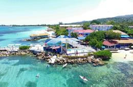FDR Resort All-Inclusive Stay + YOUR OWN PERSONAL VACATION NANNY!