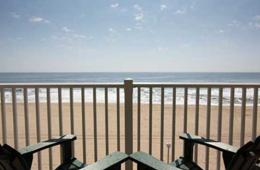 $74+ for 1 or 2 Night Stay at Howard Johnson Oceanfront Inn on the Boardwalk + Thrasher's French Fries - Ocean City, MD! Weekdays & Weekends MAY - AUGUST (Up to 34% Off)