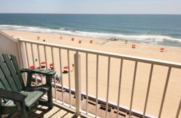 $50+ for 1 or 2 Night Getaway at Howard Johnson Oceanfront Plaza Hotel on the Boardwalk PLUS Winterfest of Lights Option in Ocean City, MD (Up to 37% Off)