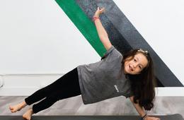 Shorty Kid Yoga 6-Pack of Yoga Classes + Water Bottle