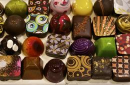 One Chocolate Tasting Class For Two People with 10 piece Truffle gift Box