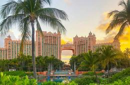 Atlantis Resort Getaway - Free Daily Lunch + $300 Credit