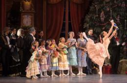25% Off Tickets to The Nutcracker at The Warner Theatre