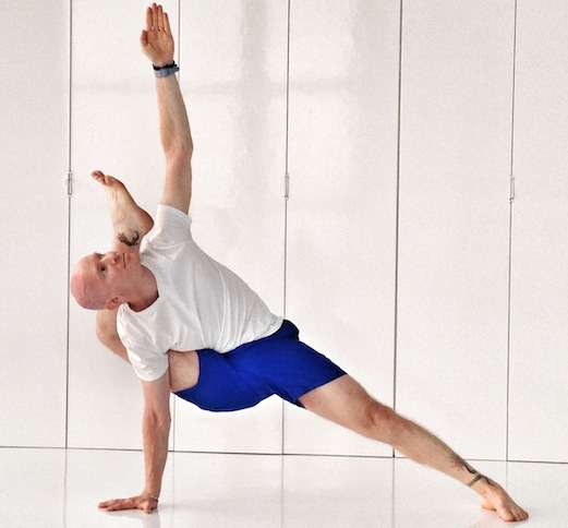 Charitybuzz 2 Private Yoga Classes With Eddie Stern Amp Amp A 1 Year Me Lot 357115