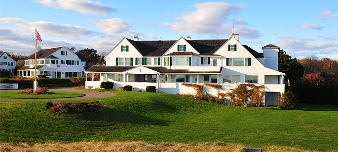 Charitybuzz Visit The Kennedy Compound In Hyannis Port