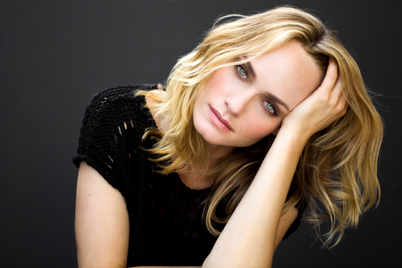 Amber Valletta Gamer have coffee with supermodel and actress amber valletta at