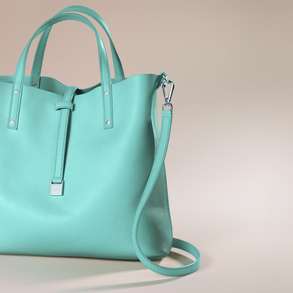 f5e87b875e Charitybuzz: Surprise Her with a Gorgeous Leather Tote from Tiffany  &a... - Lot 456500