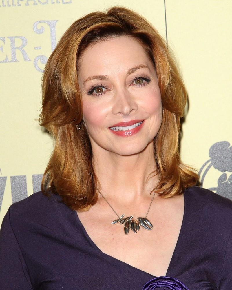 Watch Sharon Lawrence video