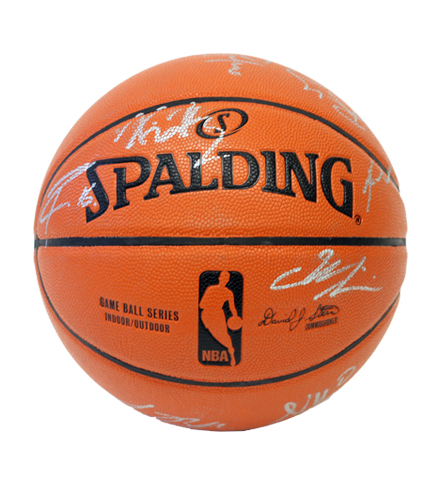 Charitybuzz  Basketball Signed by 2013-2014 Los Angeles Lakers Team - Lot  444159 ffe6ca3d7