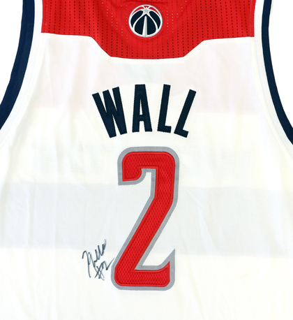 buy popular 5bbd9 bd1b7 Charitybuzz: Signed Jersey from Washington Wizards Star ...