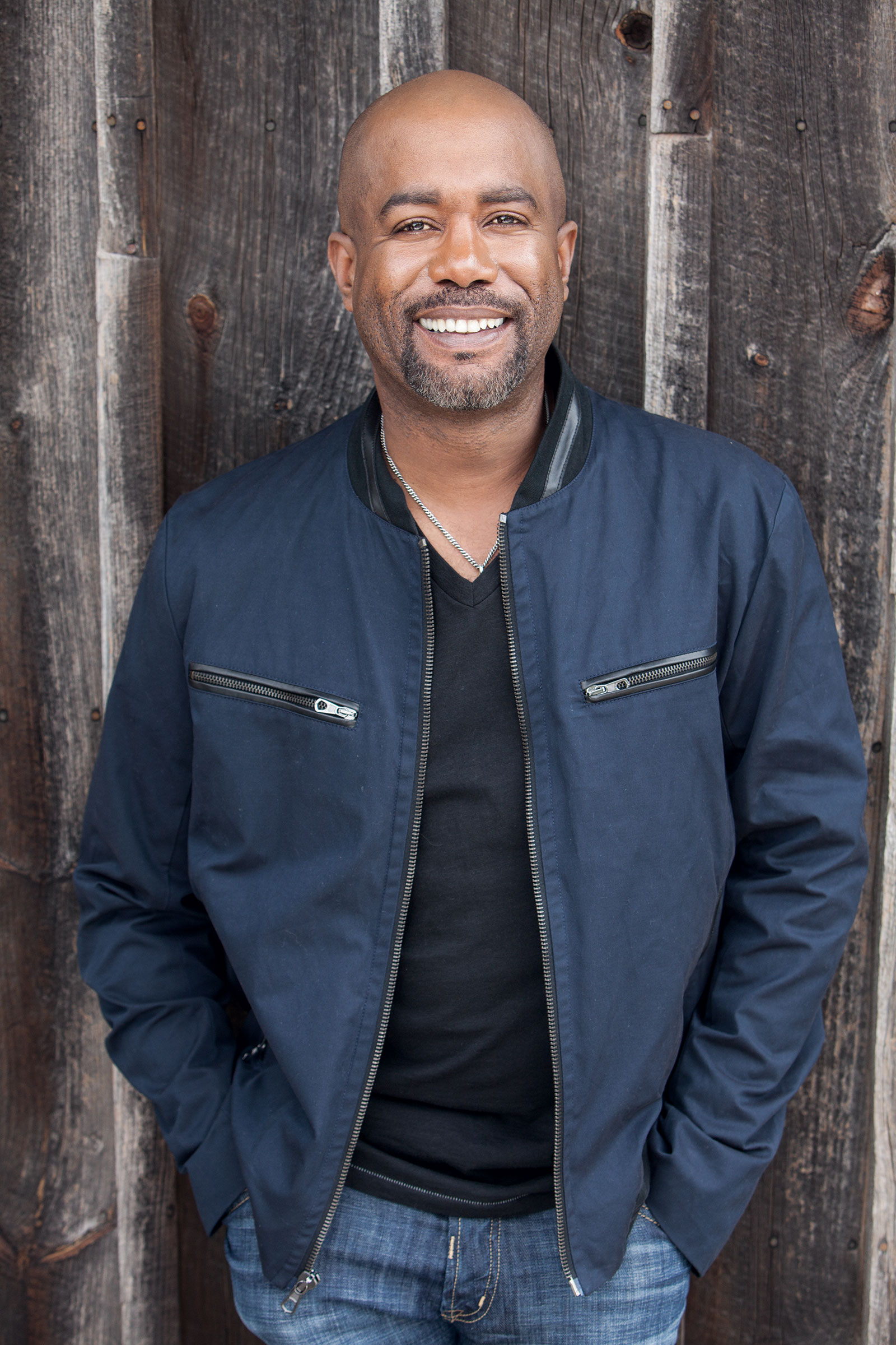 Charitybuzz Meet Darius Rucker With 4 Vip Tickets To Hootie And The