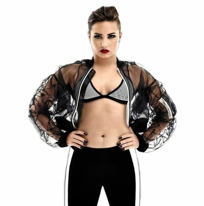 Charitybuzz meet demi lovato with 4 tickets to 1035 kiss fms detail m4hsunfo
