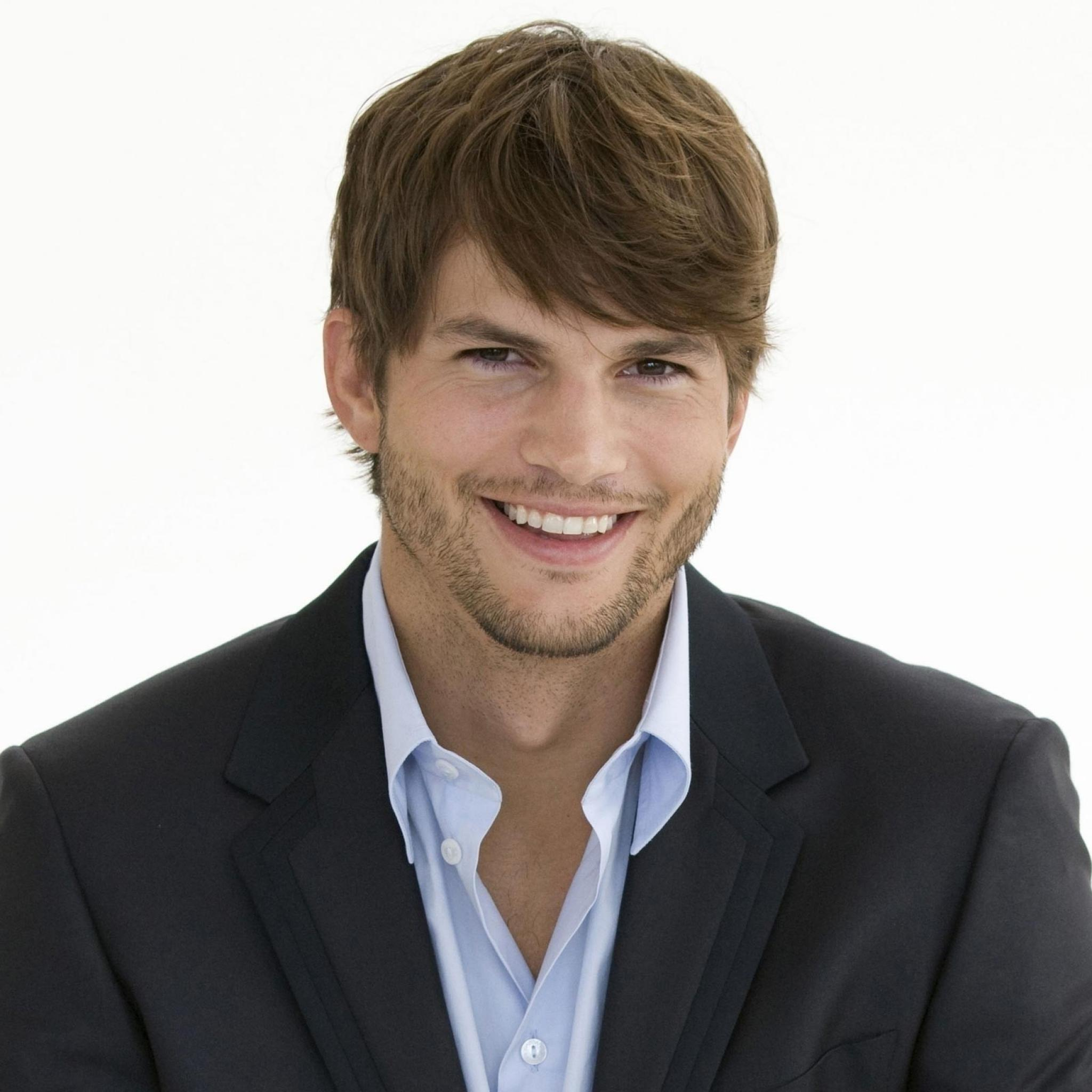 Charitybuzz Take Over Ashton Kutcher 39 S Twitter Account