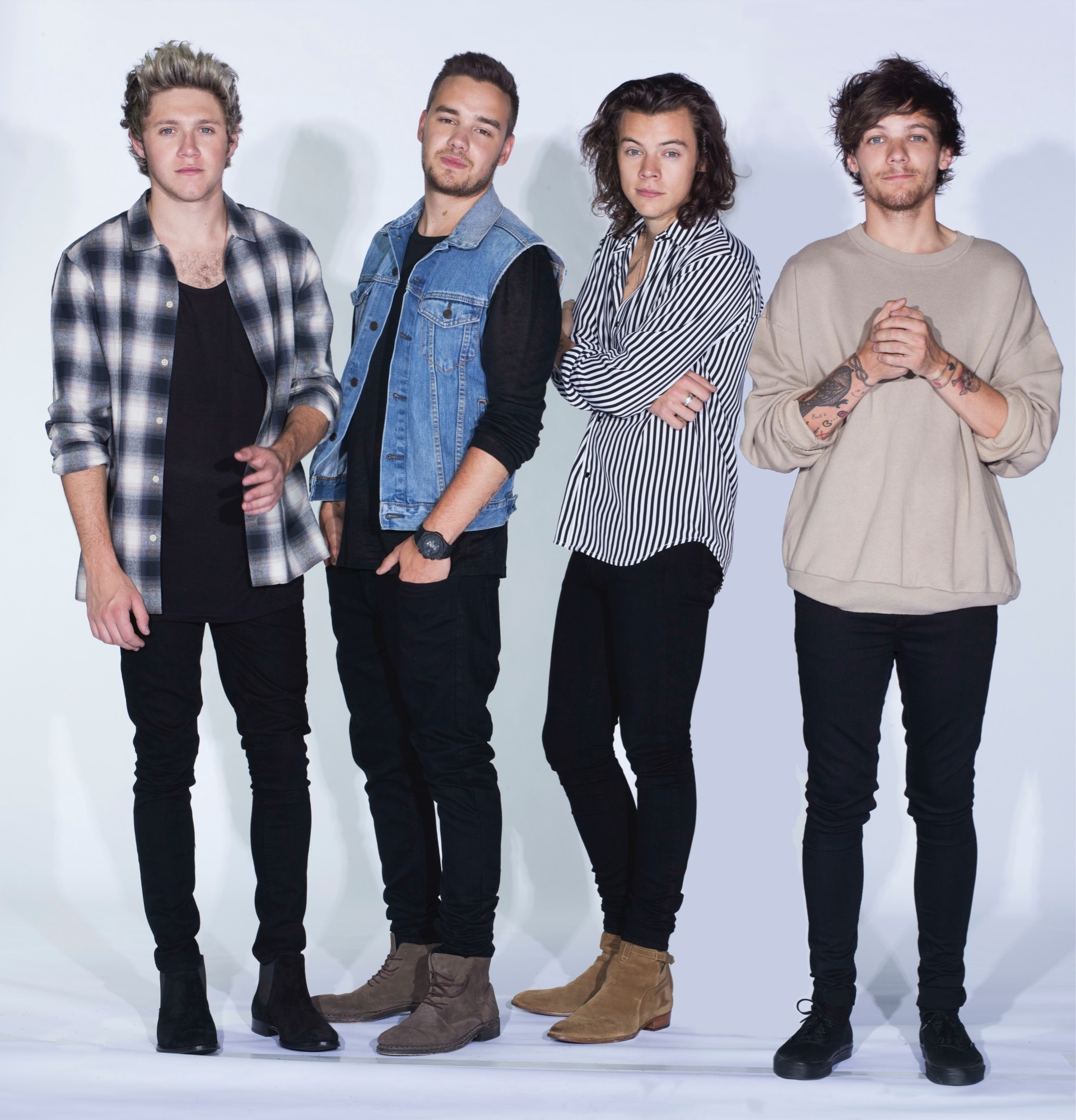 Charitybuzz 4 friends family tickets to see one direction plus lotpage kristyandbryce Images
