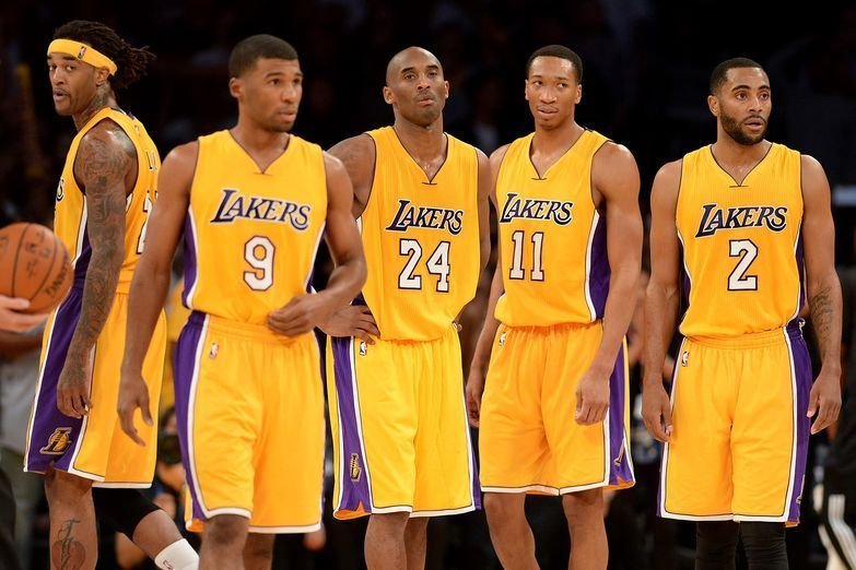 Charitybuzz  4 Floor Level Seats to Lakers vs. 76ers on January 1 at t ... 346b7b110