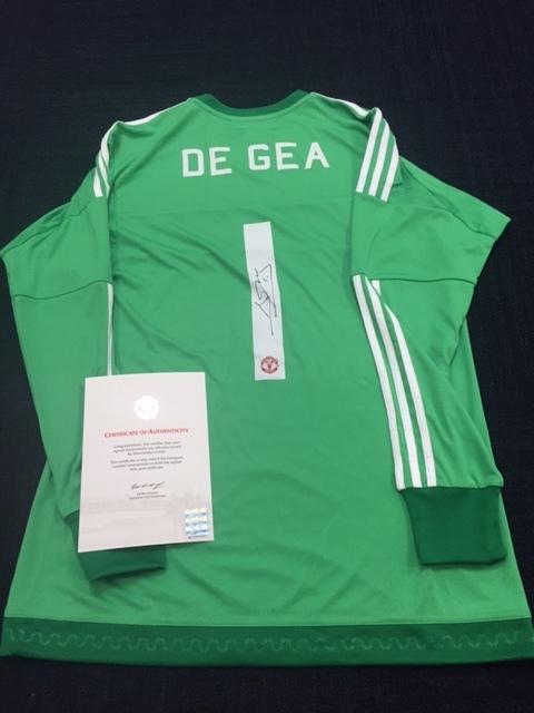 innovative design 779b3 96b7d David de Gea Autographed Manchester United Jersey