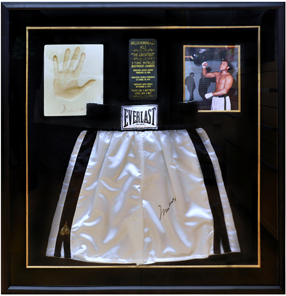 lot_page - Muhammad Ali Framed Pictures