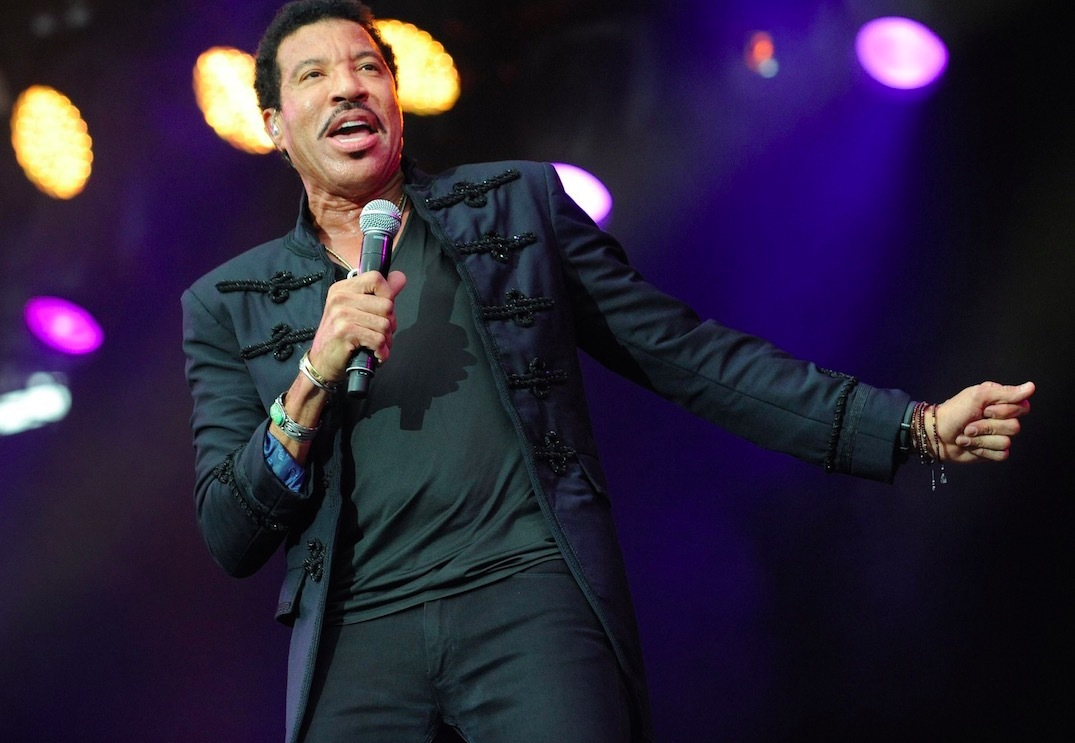 Charitybuzz 2 vip tickets meet greet with either lionel original kristyandbryce Choice Image