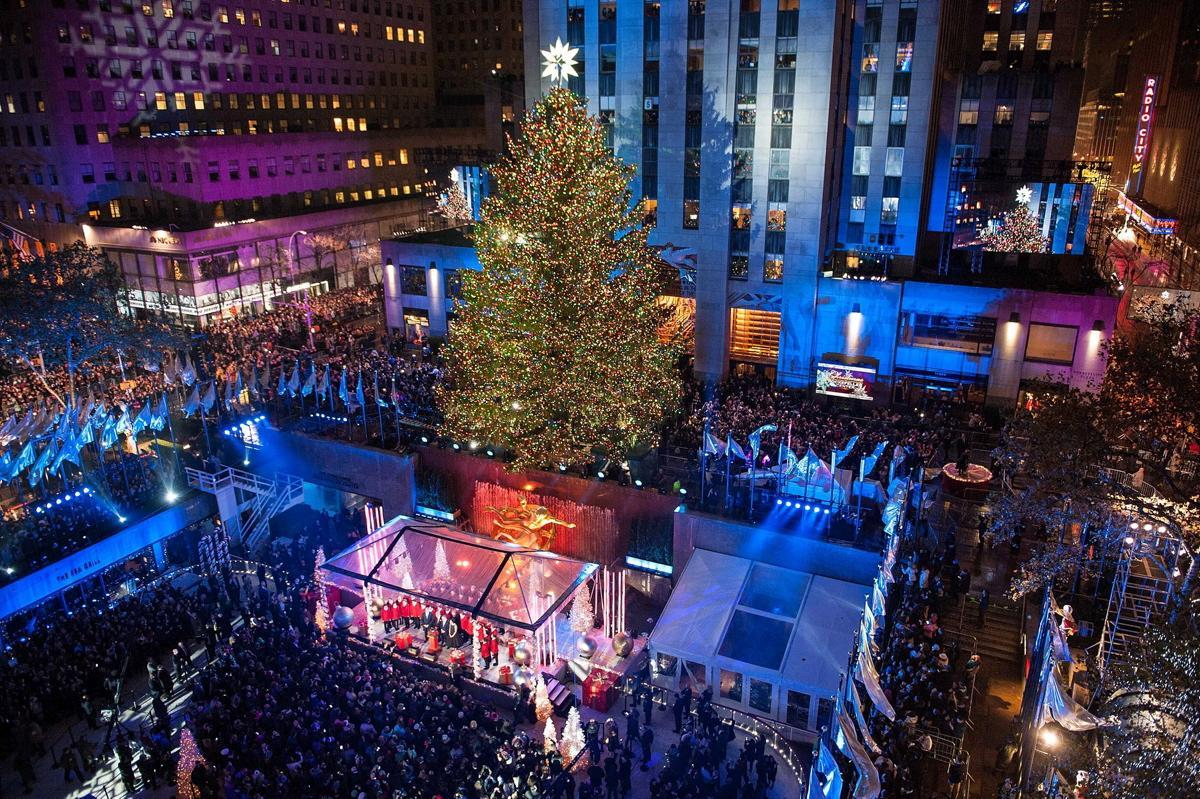 Charitybuzz 4 vip tickets to the 2016 rockefeller center for Allart center