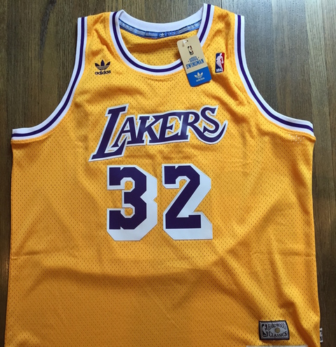 a description of los angeles lakers as professional basketball team 1947) is an american retired professional basketball player who played 20  bucks and the los angeles lakers  team lifetime member st44 description.
