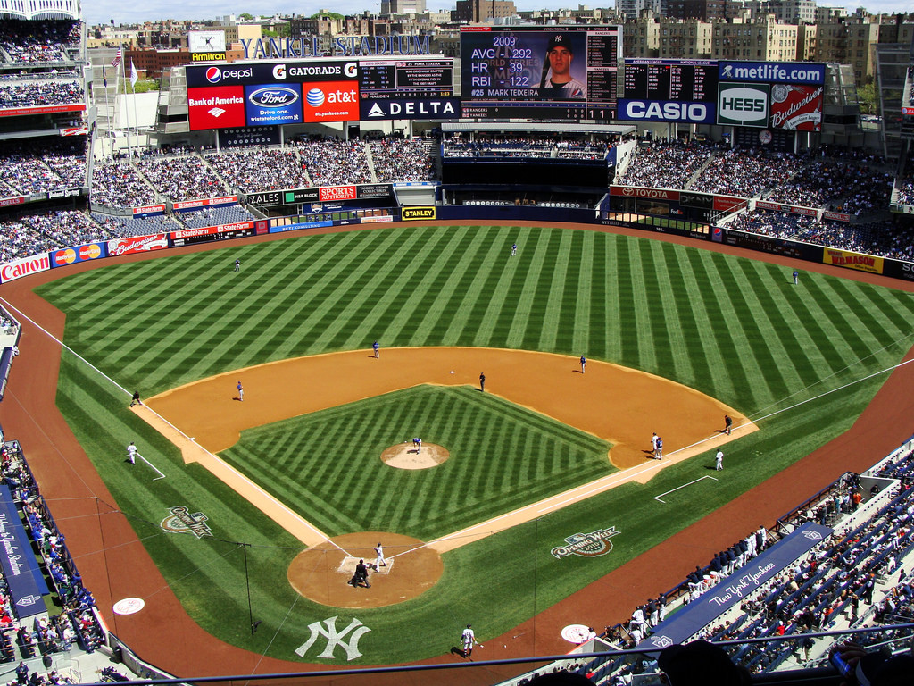 4 Field Level Tickets To Watch The Yankees Vs The Orioles Charitybuzz