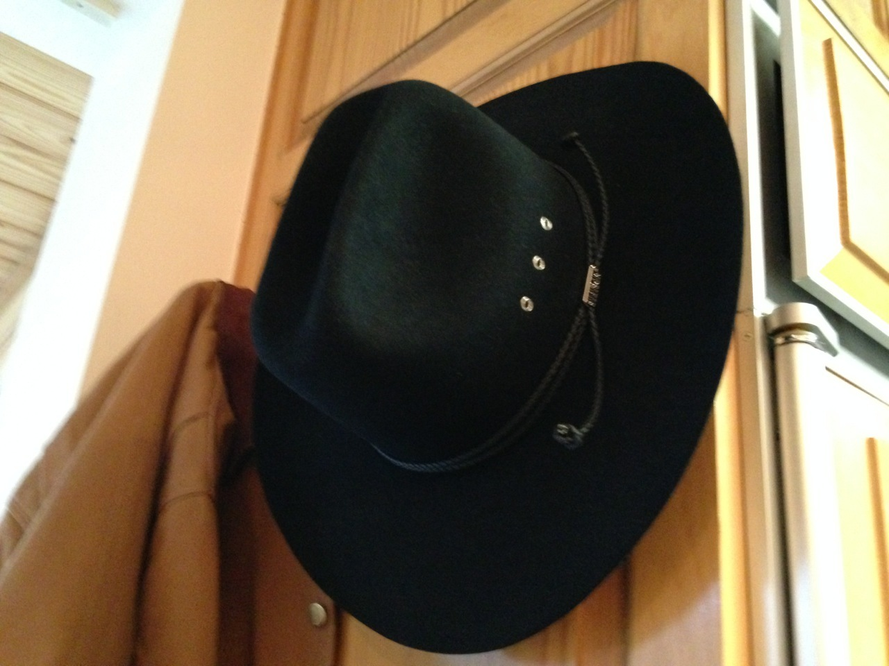 Charitybuzz  Signed and Personalized Garth Brooks Stetson Hat - Lot ... a10c8f36299