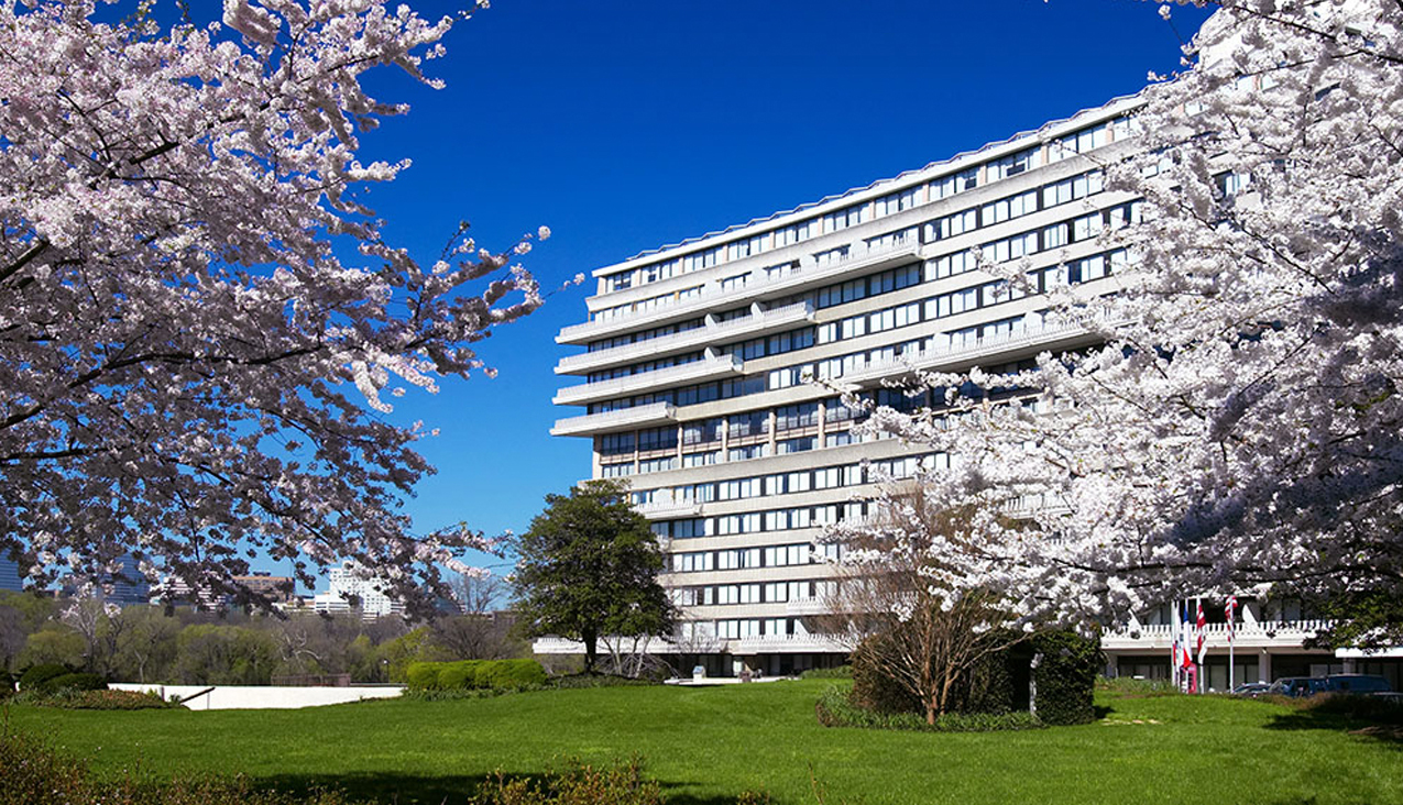 Charitybuzz 3 night stay at the watergate hotel in for Is the watergate hotel still open