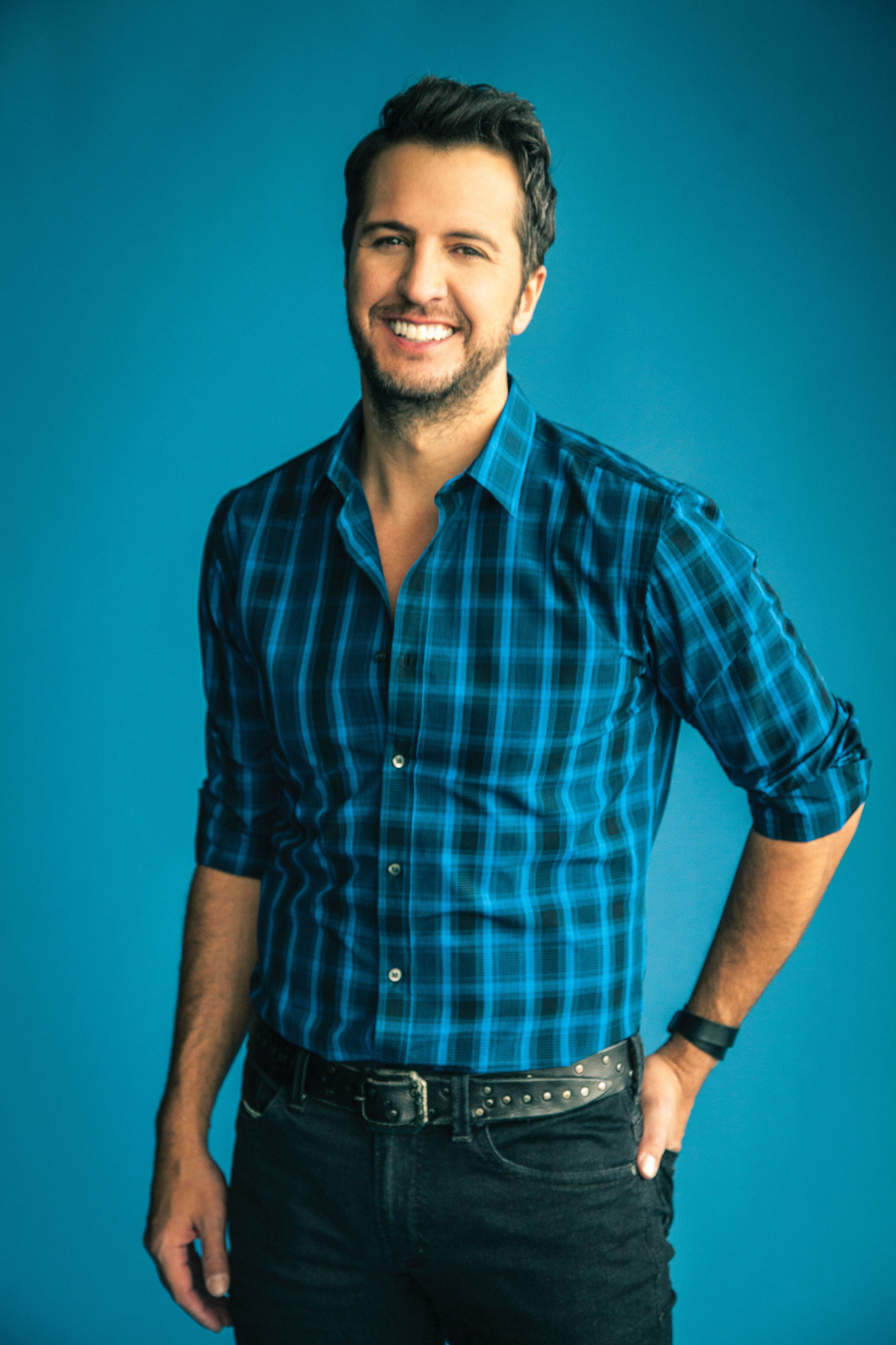Charitybuzz: Meet Luke Bryan with 2 Tickets to a 2017 ...