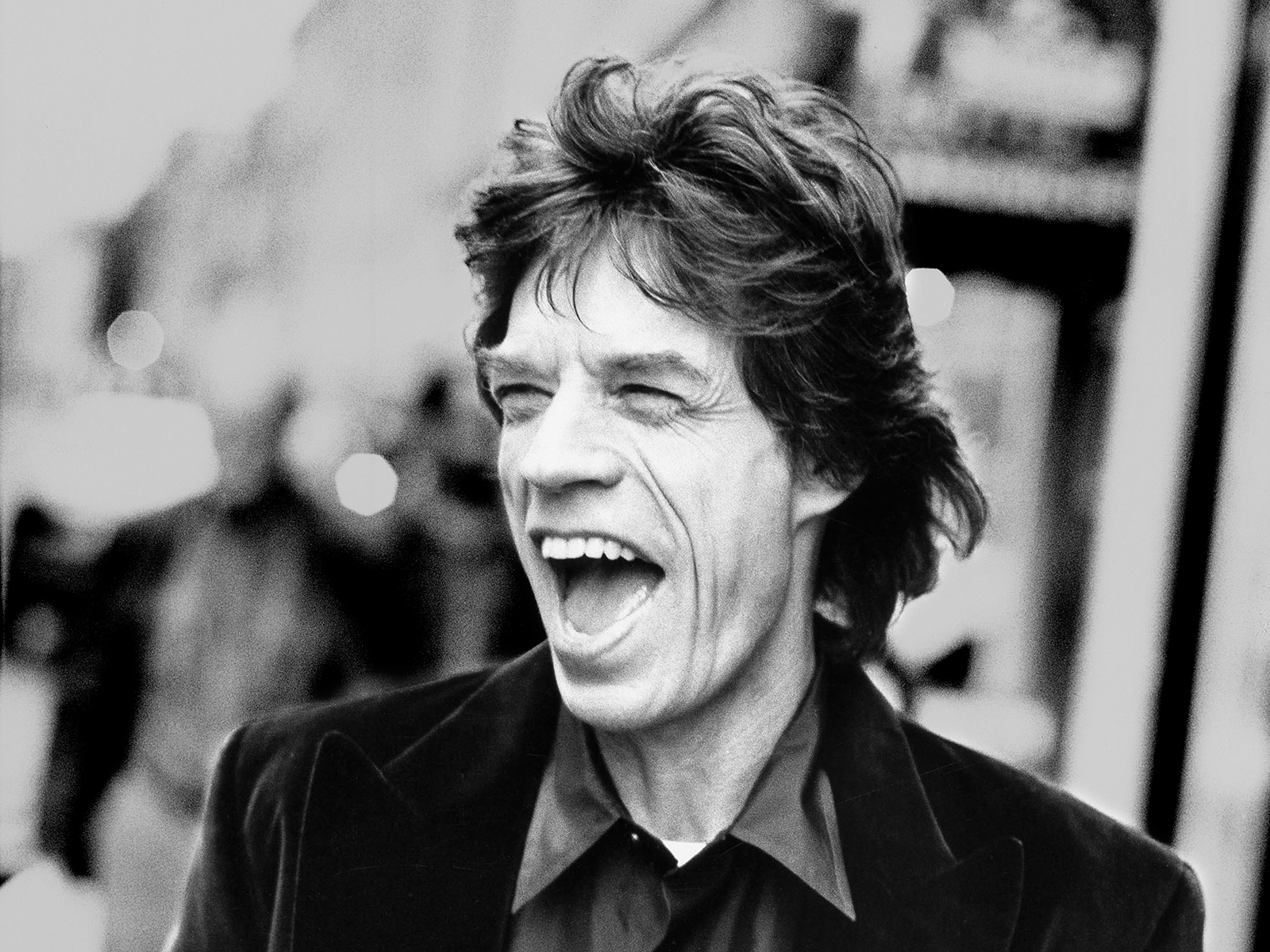 Charitybuzz meet mick jagger receive 2 vip tickets to see the original kristyandbryce Image collections