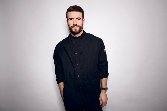 Charitybuzz meet sam hunt with 2 tickets to a 2017 or 2018 show of original m4hsunfo