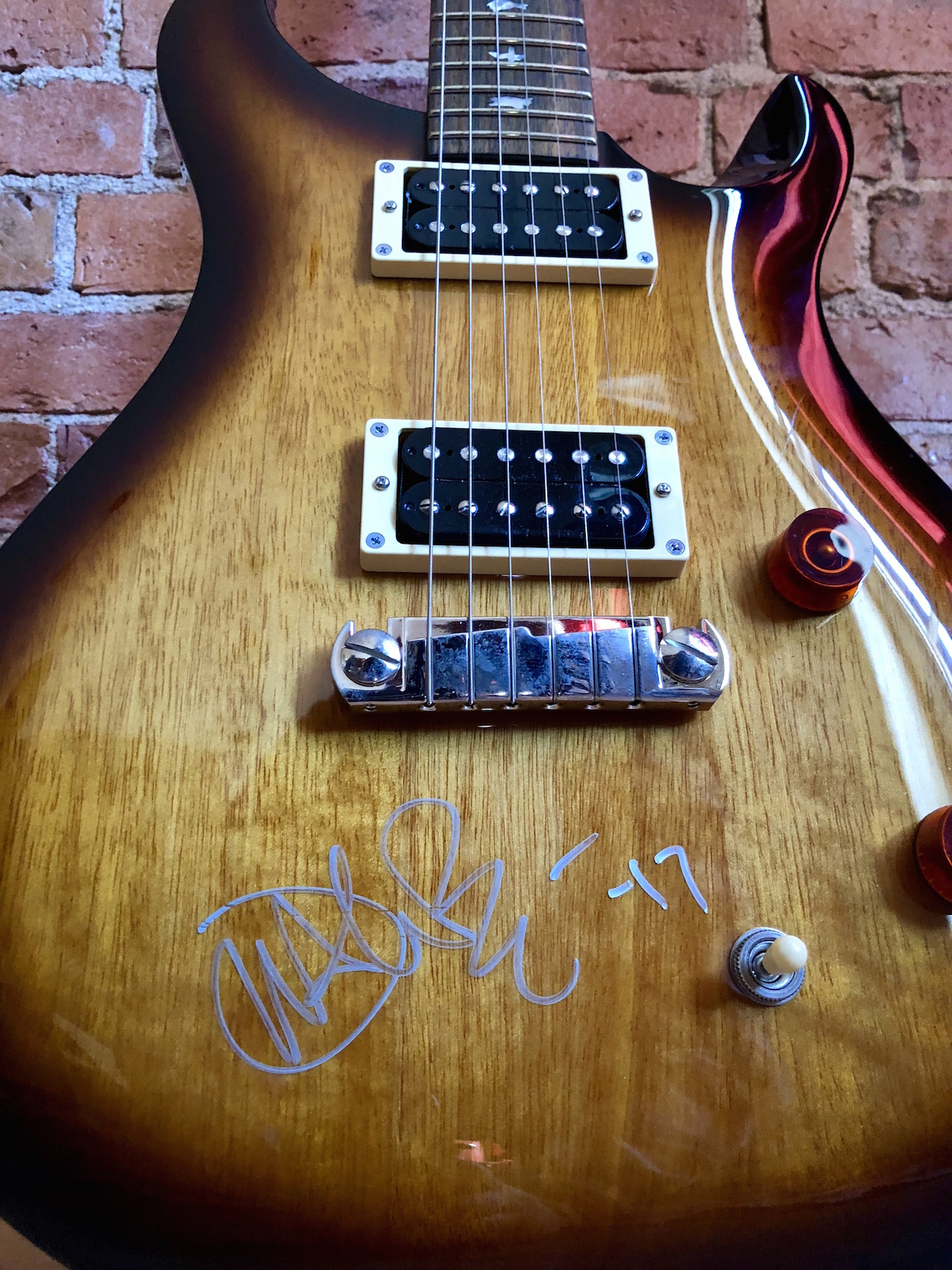 charitybuzz prs se custom 22 guitar signed by john mayer lot 1411107. Black Bedroom Furniture Sets. Home Design Ideas