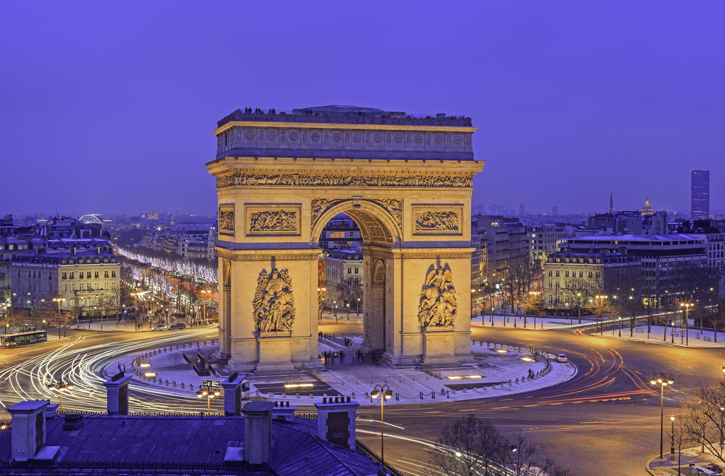 Charitybuzz: Private After-Hours Tour for 10 of the Arc de