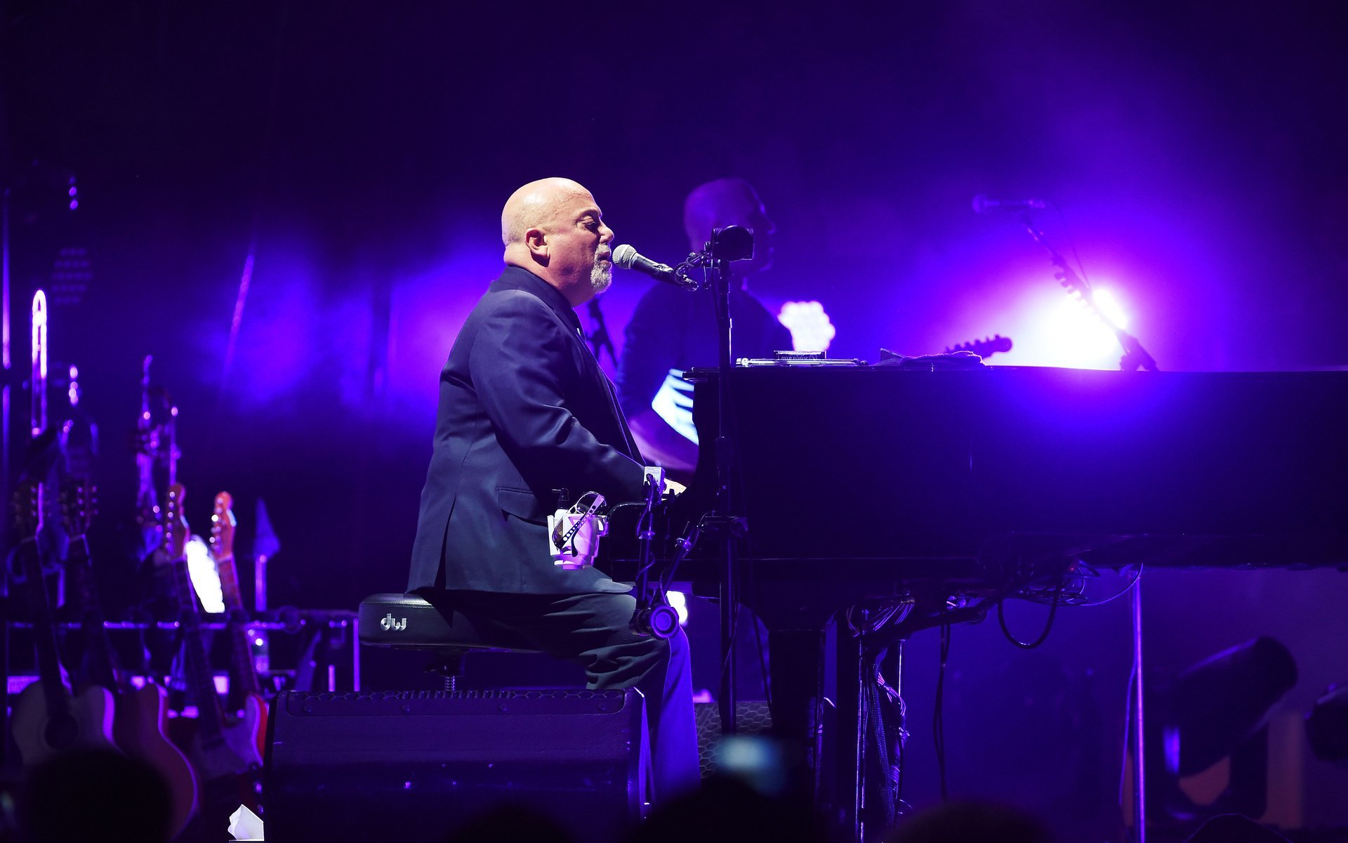 12 Tickets in Luxury VIP Suite to See Billy Joel at     - Charitybuzz