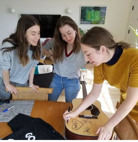 Charitybuzz Fender Guitar T Shirt Signed By Haim Lot