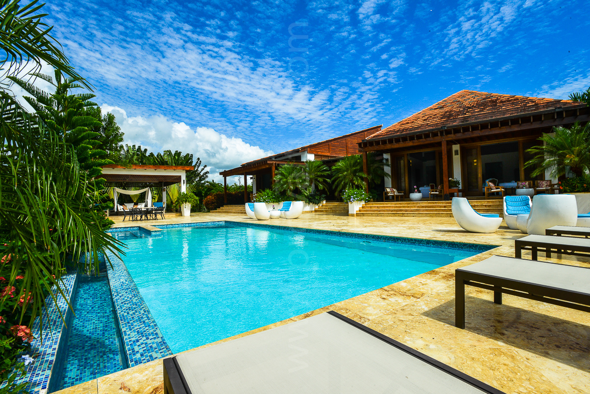 Rooms: Charitybuzz: 4 Night Stay For 2 At Casa De Campo Resort