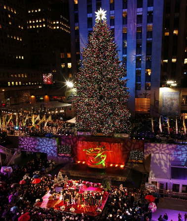 Rockefeller Christmas Tree 2019.4 Vip Tickets To The 2019 Tree Lighting Charitybuzz
