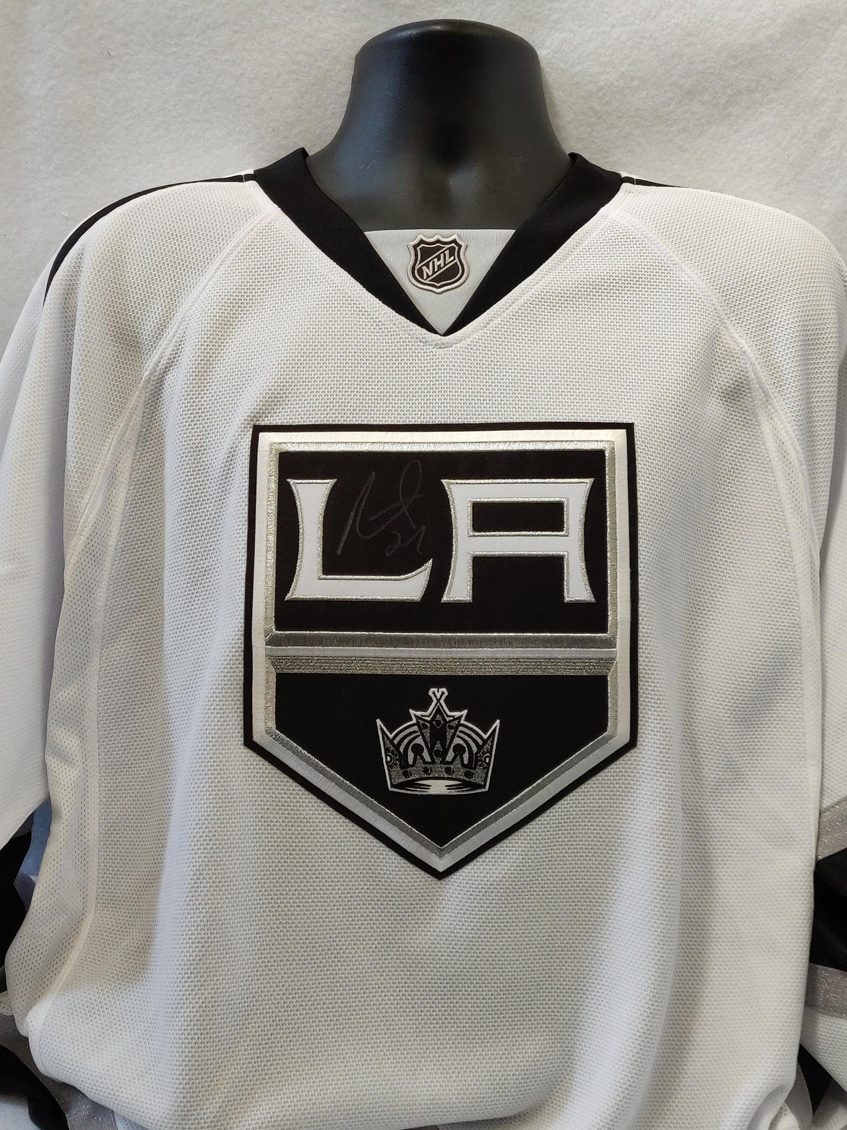 half off bf6d9 8568b Los Angeles Kings NHL Alec Martinez Autographed Jersey