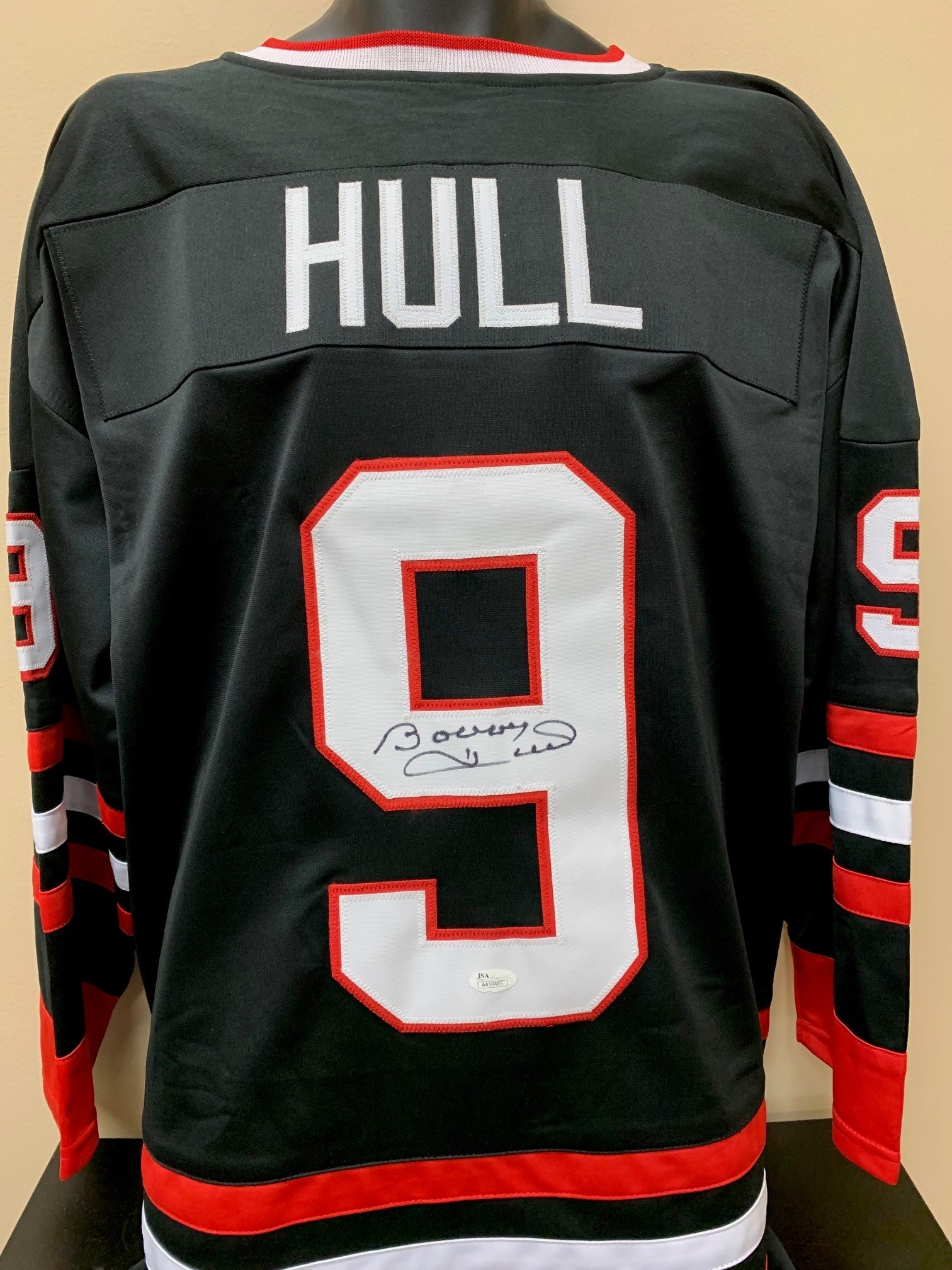 san francisco 78a63 f60b0 Chicago Blackhawks Jersey Signed by Hall of ... - Charitybuzz