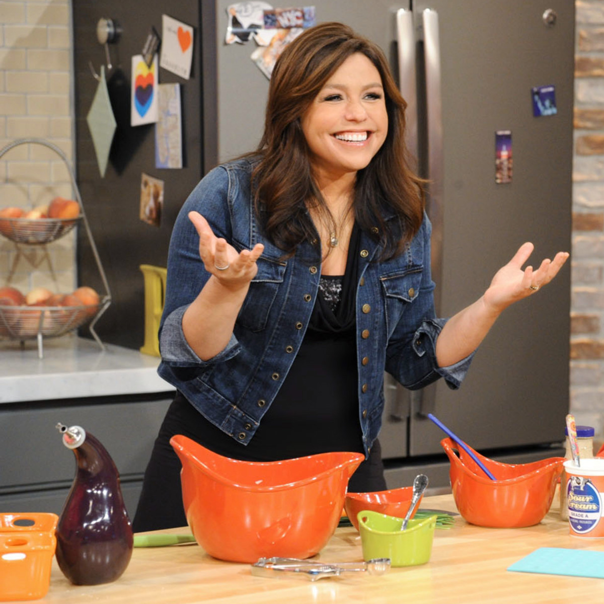 Rachael Ray Show New Season 2020.2 Tickets To The Rachael Ray Show In New York Charitybuzz