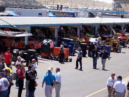 Charitybuzz Vip Nascar Race Experience To The Kobalt Tools 400 At Las Lot 2927246