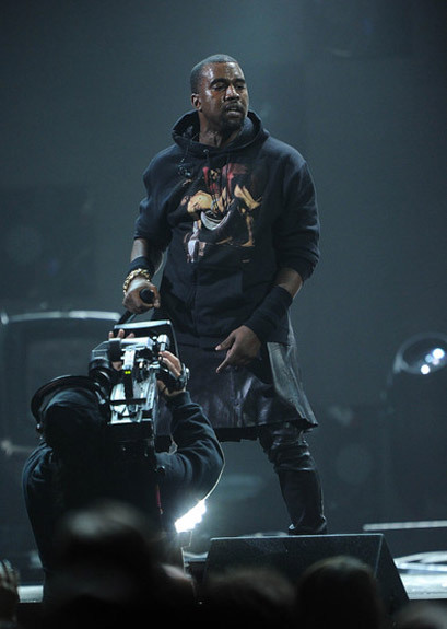 Charitybuzz Own Music History The Sweatshirt Kanye West Wore Live On Lot 334032