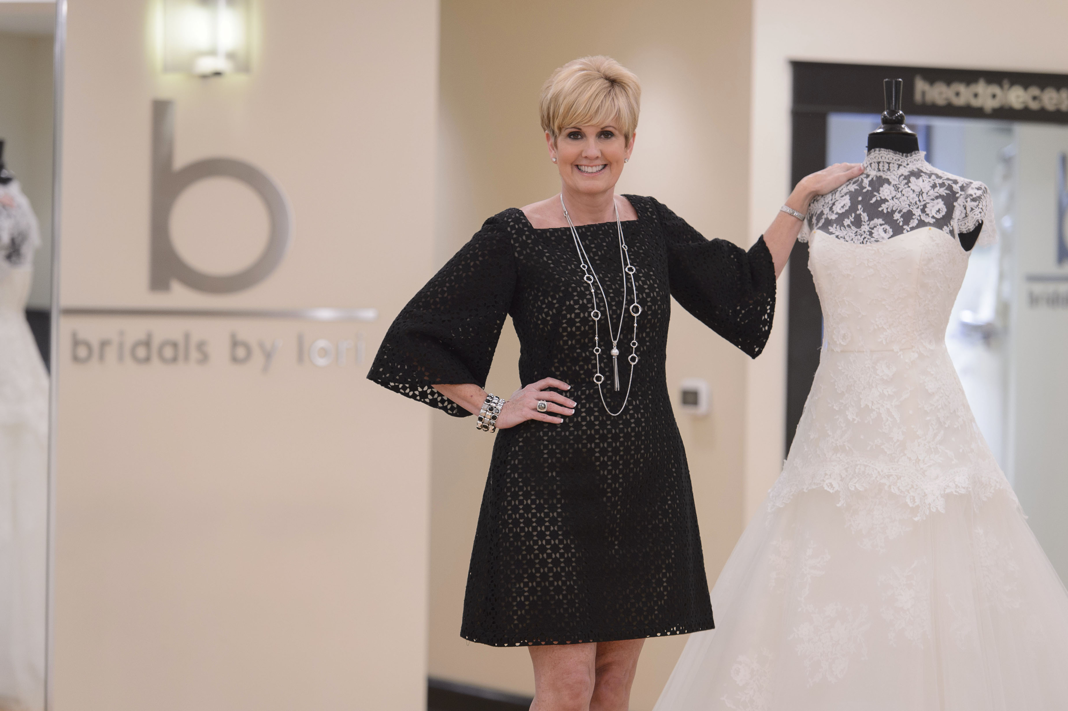 Charitybuzz have lunch with lori allen tour bridals by lori and detail ombrellifo Gallery