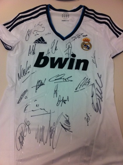 sports shoes a35fb 6d947 Charitybuzz: Real Madrid Autographed Jersey and Autographed ...