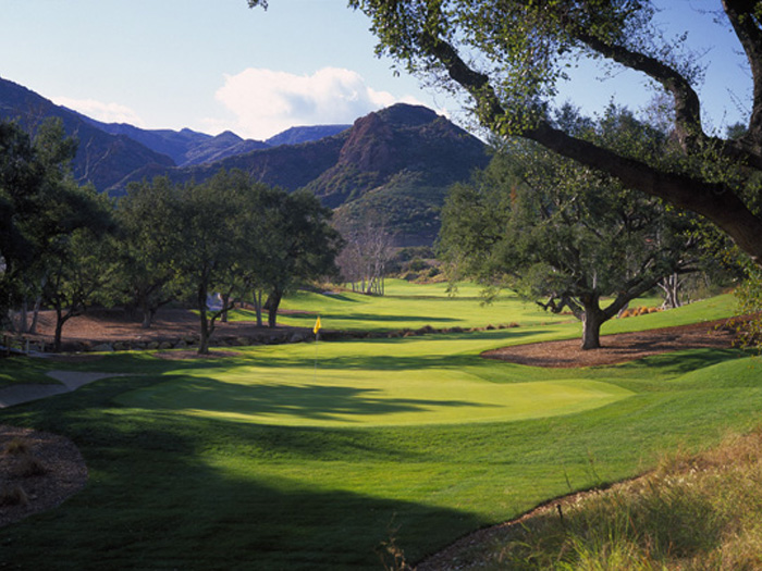 Charitybuzz: Enjoy a Golf Foursome at the Members Only Sherwood Countr ...