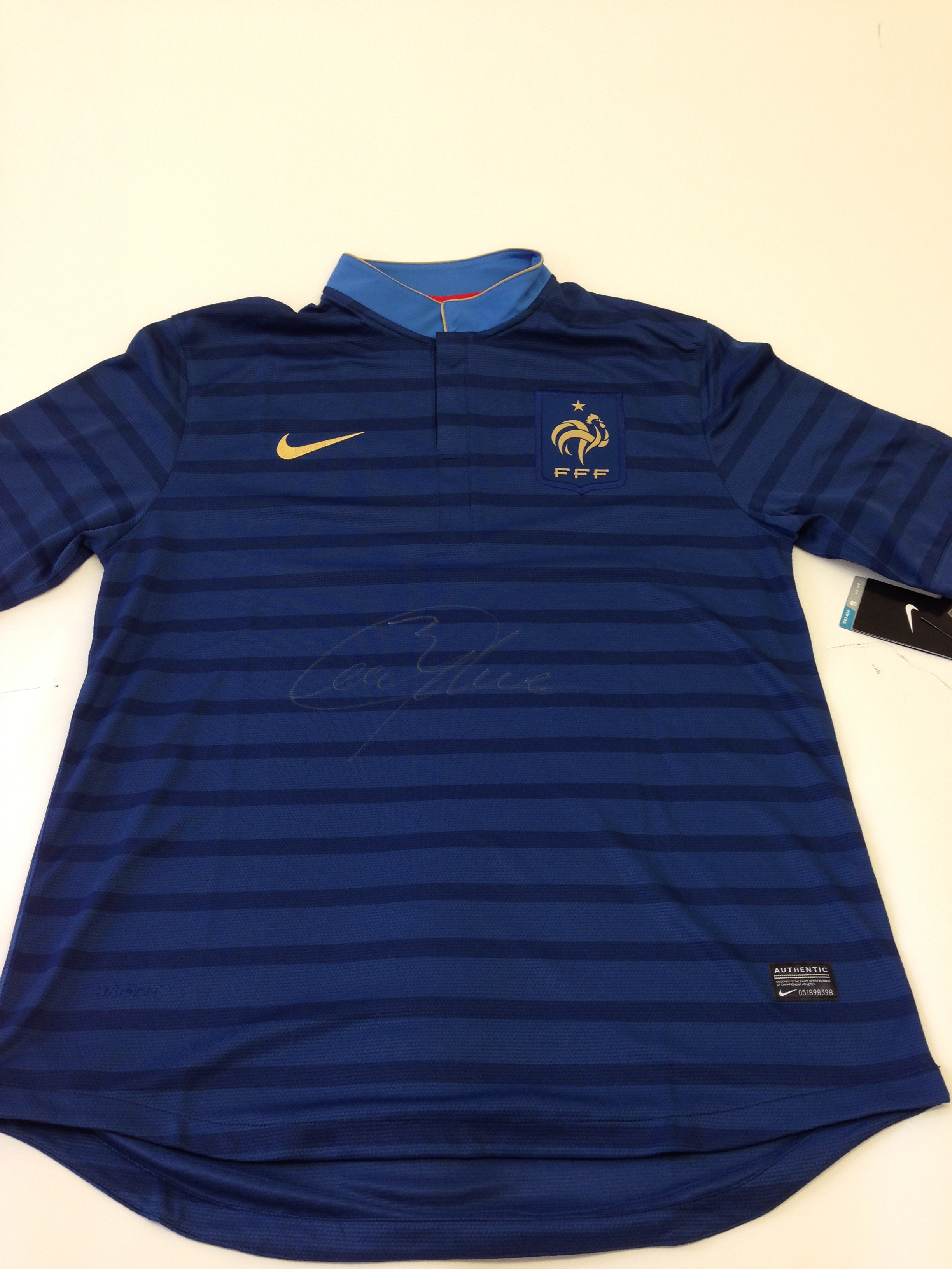 newest b2e89 4c84b Collect This France National Football Team Jersey Autogra...