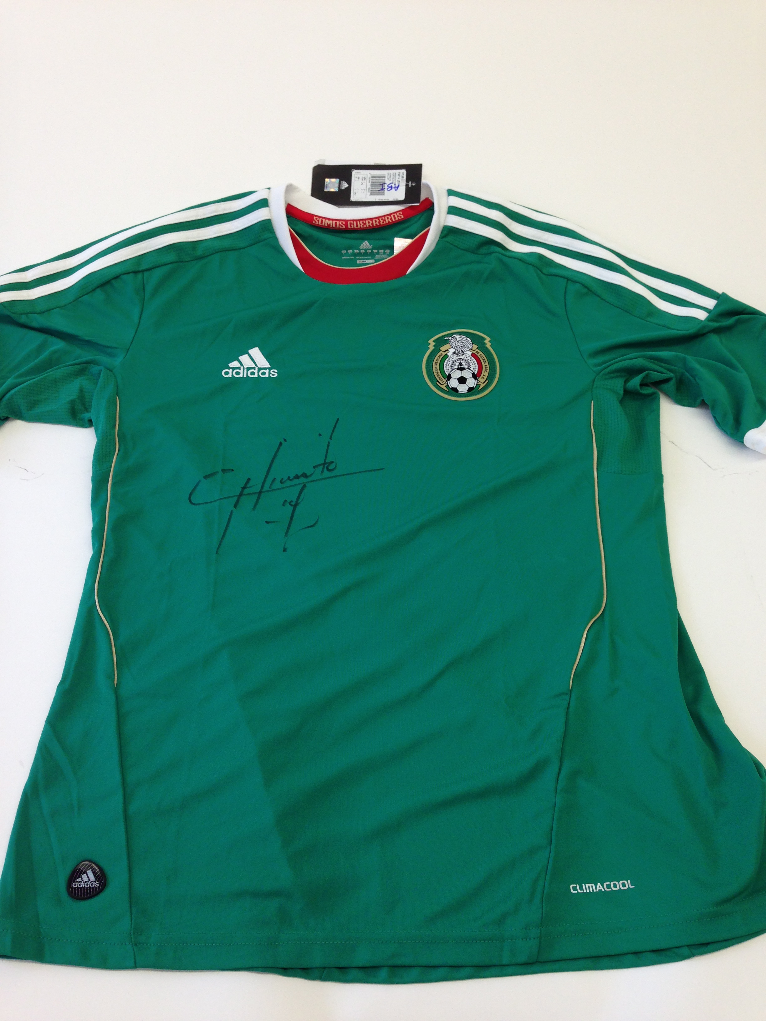 Collect This Mexico National Football Team Jersey Autographed by ... 2a1e1774e