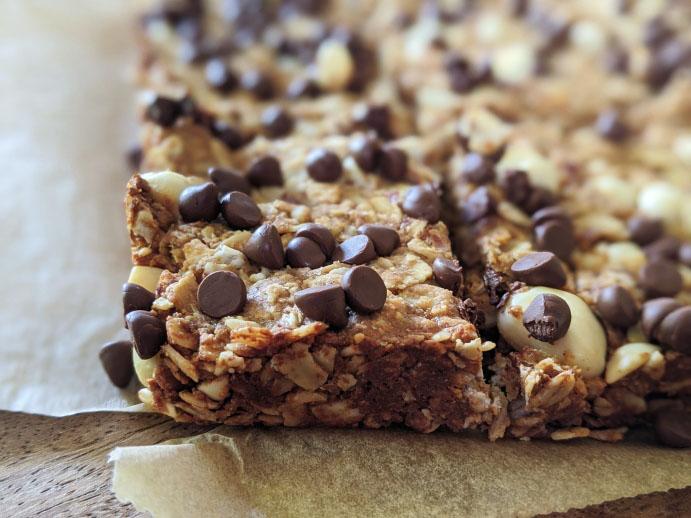 Homemade Granola Bars Recipe   Chewy DIY Chocolate Granola Bars Recipe